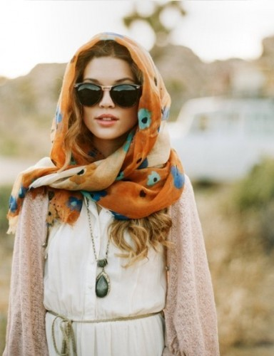 Chic & Creative Ways to Wear a Scarf
