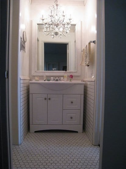 Small bathroom with chandelier