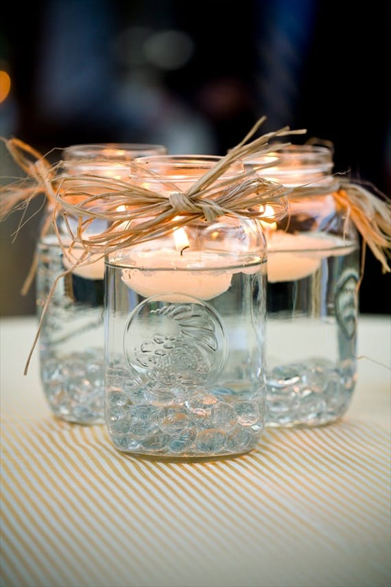20 ideas to reuse mason jars - Floating candle decor