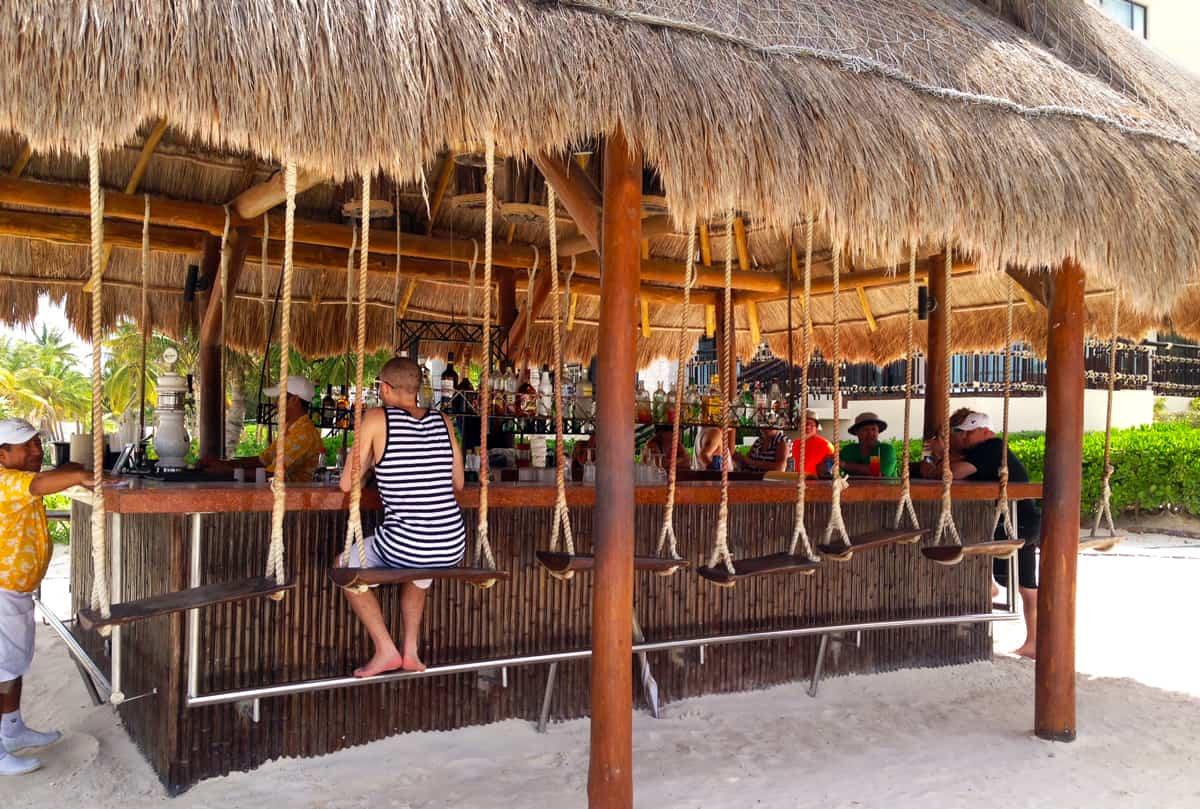 Mexico Photo Diary: Bar swings