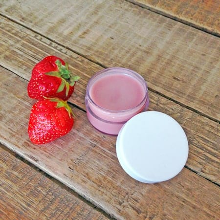 Give your lips the perfect flush of color for a beautiful, natural look with this easy to make DIY lip balm.