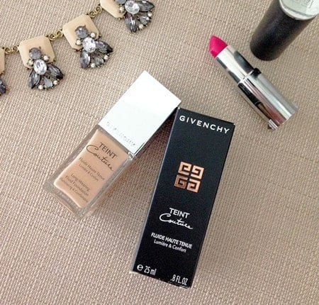 Beauty Review : Teint Couture Long-Wearing Fluid Foundation Broad Spectrum SPF 20 - A long-wearing liquid foundation that creates a radiant, flawless complexion with a smooth, satiny finish
