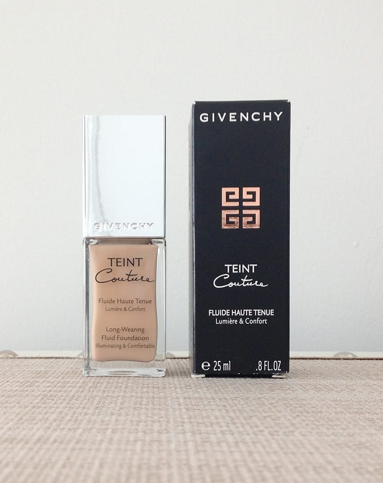 Teint Couture Long-Wearing Fluid Foundation Review -  A long-wearing liquid foundation that creates a radiant, flawless complexion with a smooth, satiny finish.