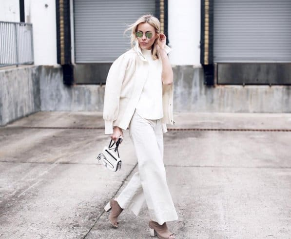 Winter looks - head to toe in white, so elegant and effortless