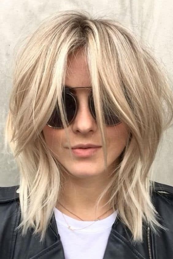 Kinda of obsessed with Julianne Hough's new 'shag' haircut