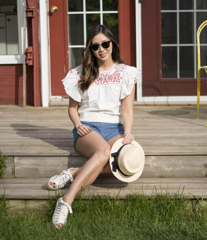 Cute summer style outfit for the cottage
