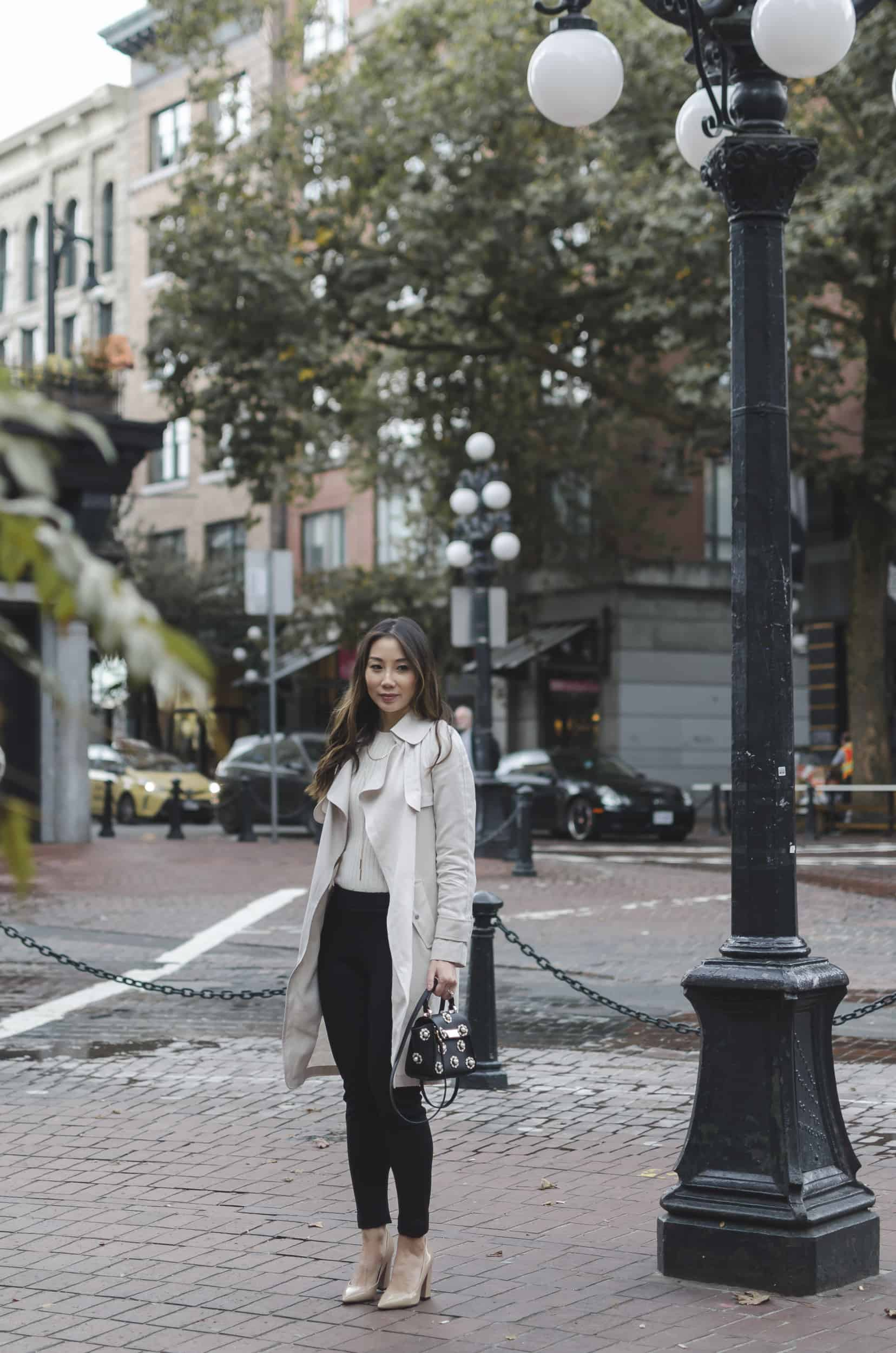 Fashion blogger YesMissy! Wearing Artizia trench, Zara pants, Zac Posen bag