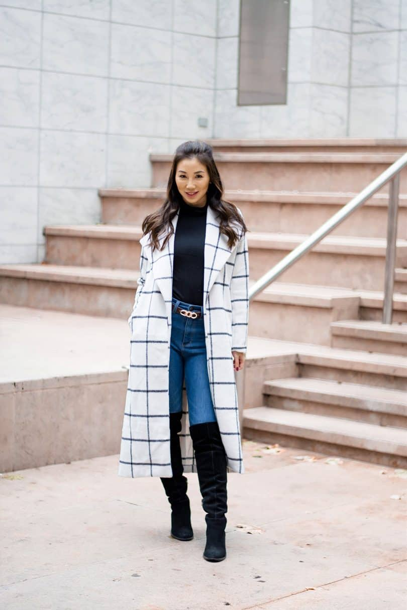 Dressing up in the Fall and Winter can feel like a major struggle. Do you opt for the puffy coat that's guaranteed to keep you warm or do you freeze just to show off ...