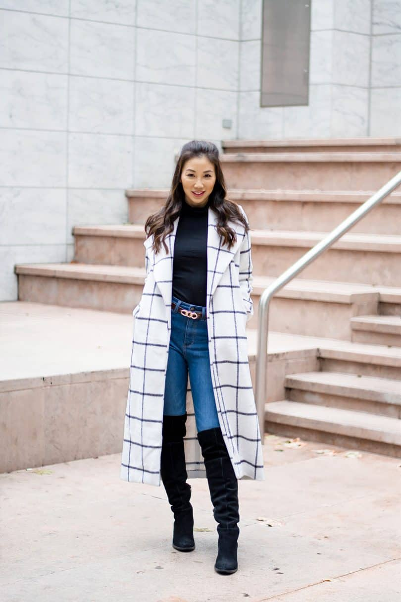 How to Dress for Winter. Is the cold season coming and you have no clue what to wear while staying fashionable? Start reading to figure out how to be warm