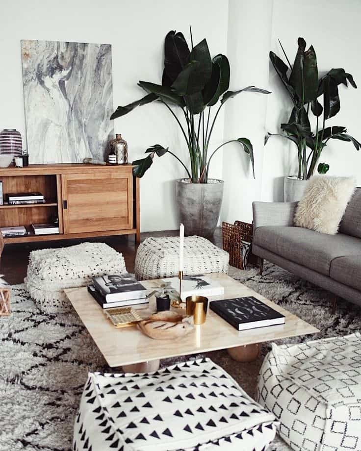 Winter is ALL about those warm cozy comforts. 5 simple ideas on to Bring the Cozy Pinterest *Hygge* Trend into Your Home This Winter