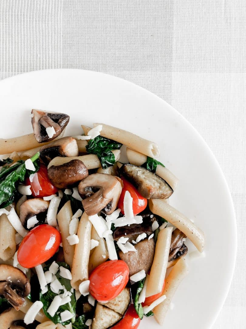 Easy summer pasta recipe packed with vegetables and delicious goodness!