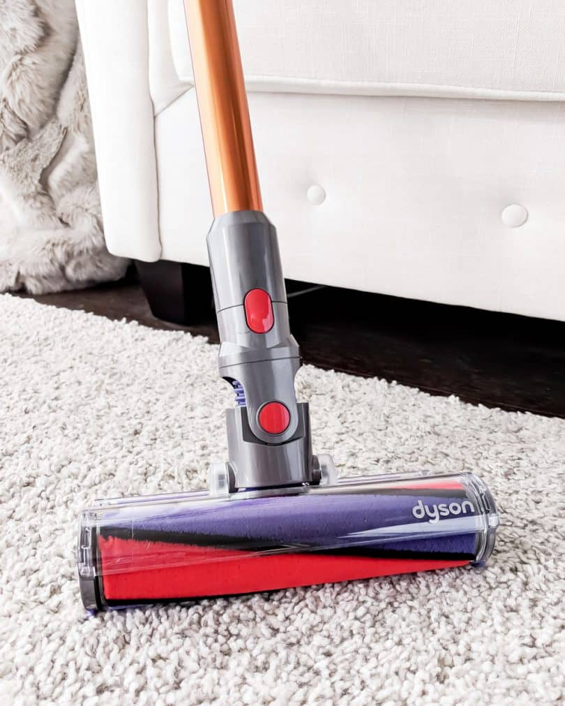 The pros and cons of the Dyson Cyclone v10 Absolute