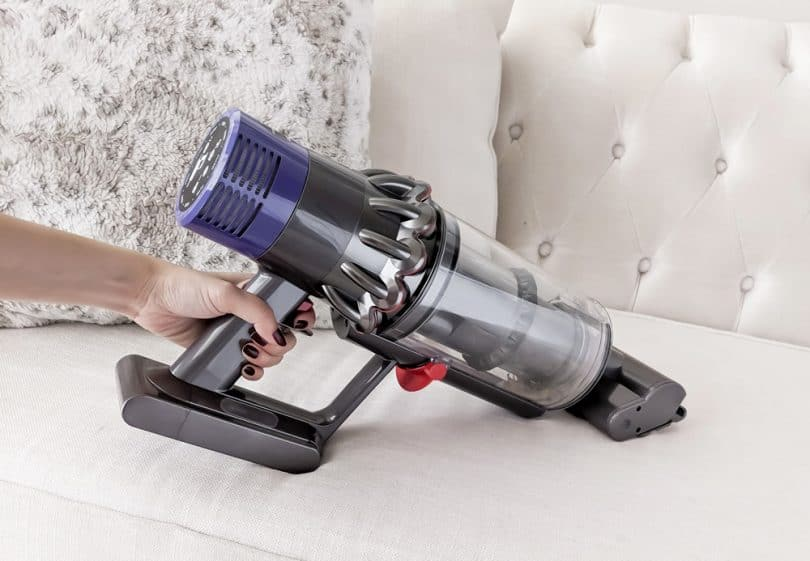 Dyson Cyclone V10 Review - detach the attachment to make it a handheld vacuum