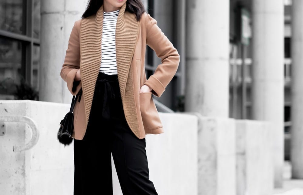 Streetstyle look - workwear chic with wool coat from Mackage, striped turtleneck and culottes