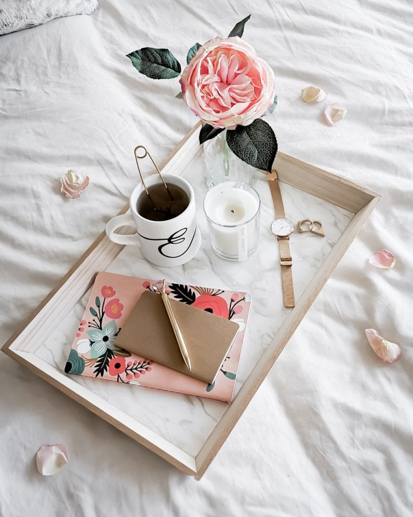 Make this DIY marble and gold tray in just 3 easy steps