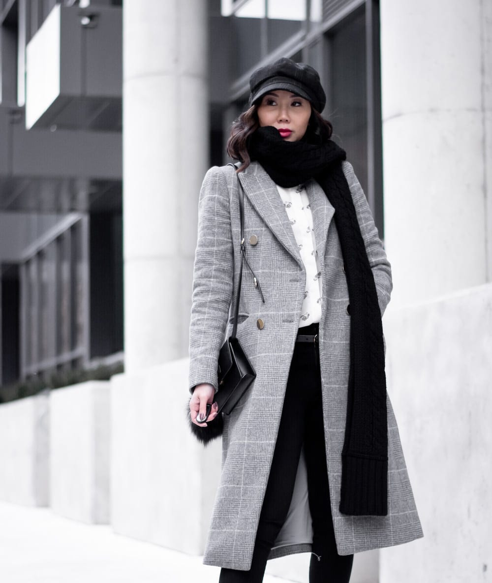 Toronto StreetStyle - Winter OOTD - checked coat, chunky scarf, hat
