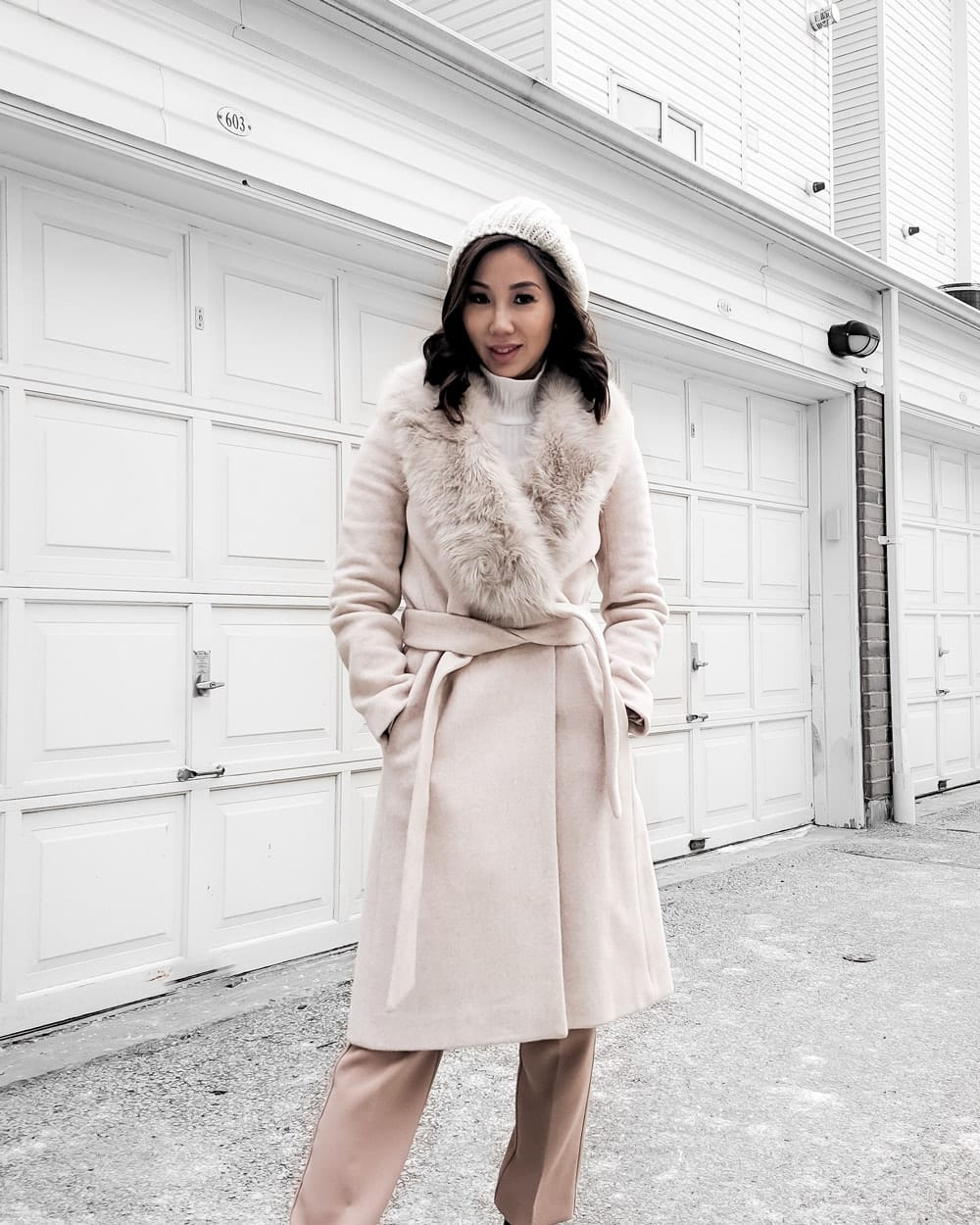 OOTD - Pink wool coat with fur trim