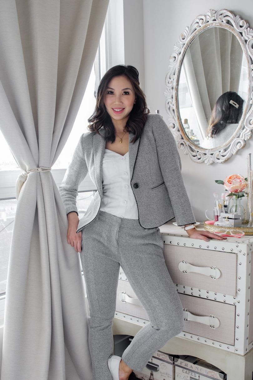 OOTD workwear outfit - grey suit - spring/summer look