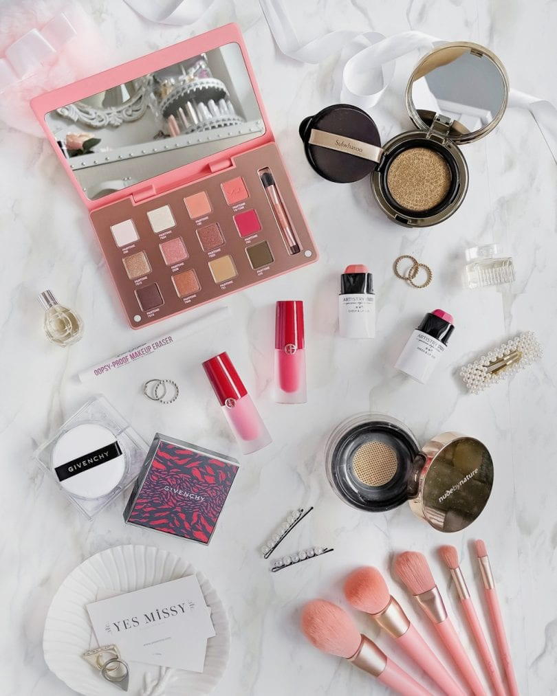 Makeup flatlay - Summer beauty and makeup round up