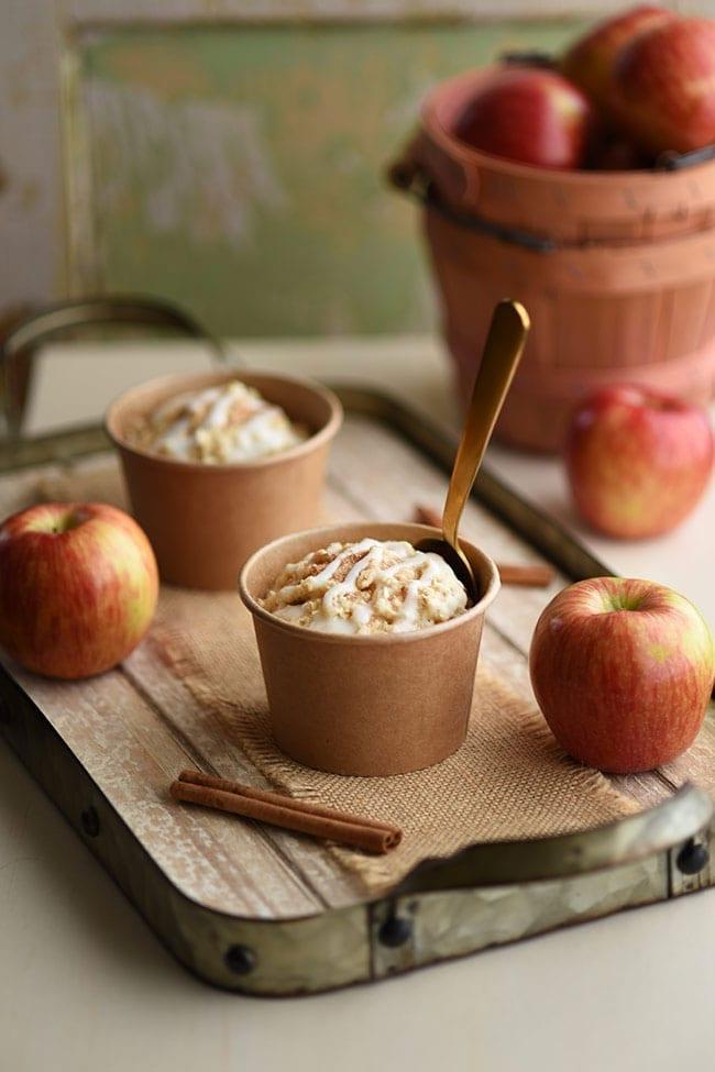 Easy Breakfast Ideas - 1 minute apple cinnamon muffins