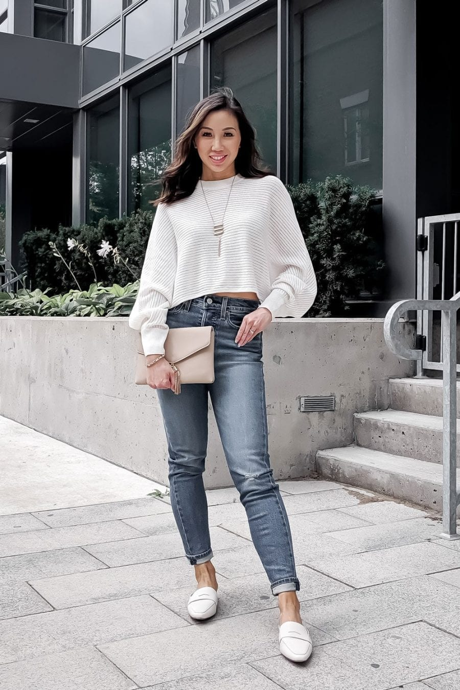 Casual outfit #OOTD - Levis Wedgie jeans, cropped white sweater, white loafers