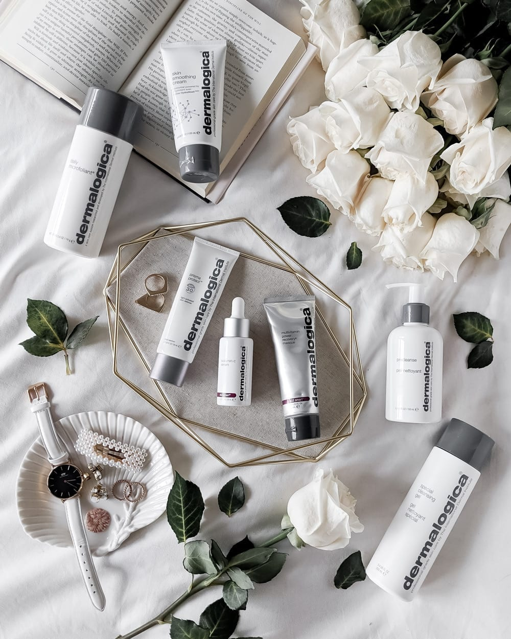 Skincare mistakes you don't know you're making - skincare from Dermalogica #flatlay #skincare #beauty