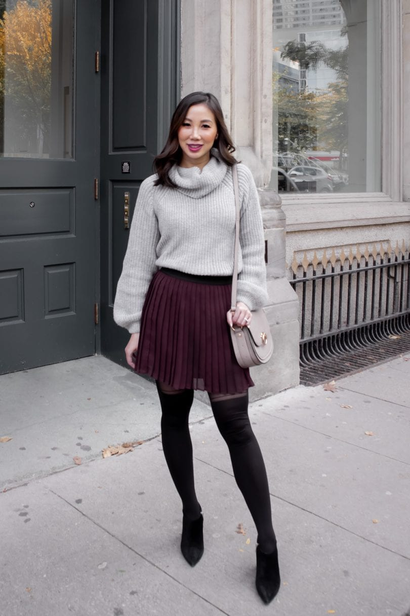 Fall Outfit Inspiration - pleated skirt and sweater tucked in . So cute!