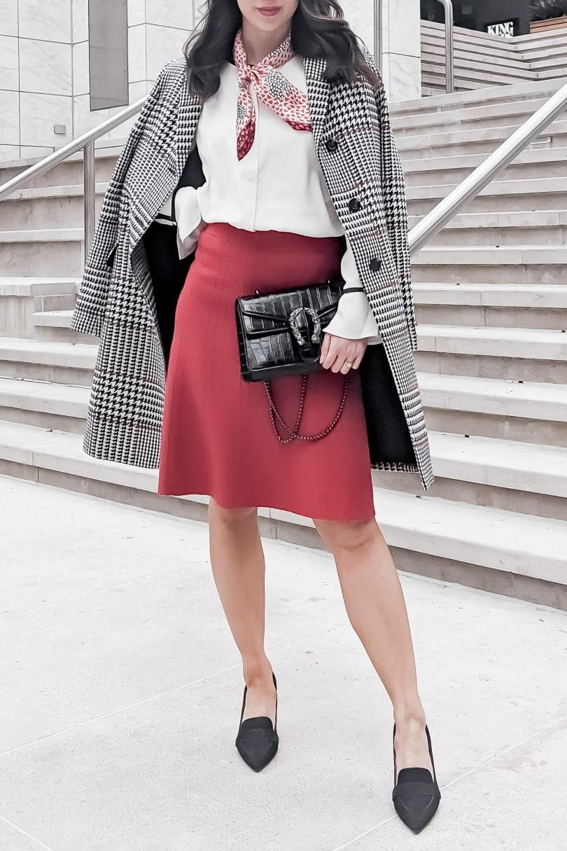 Detailed look at an Ann Taylor Outfit for work styled by Blogger Eileen Lazazzera of YesMissy