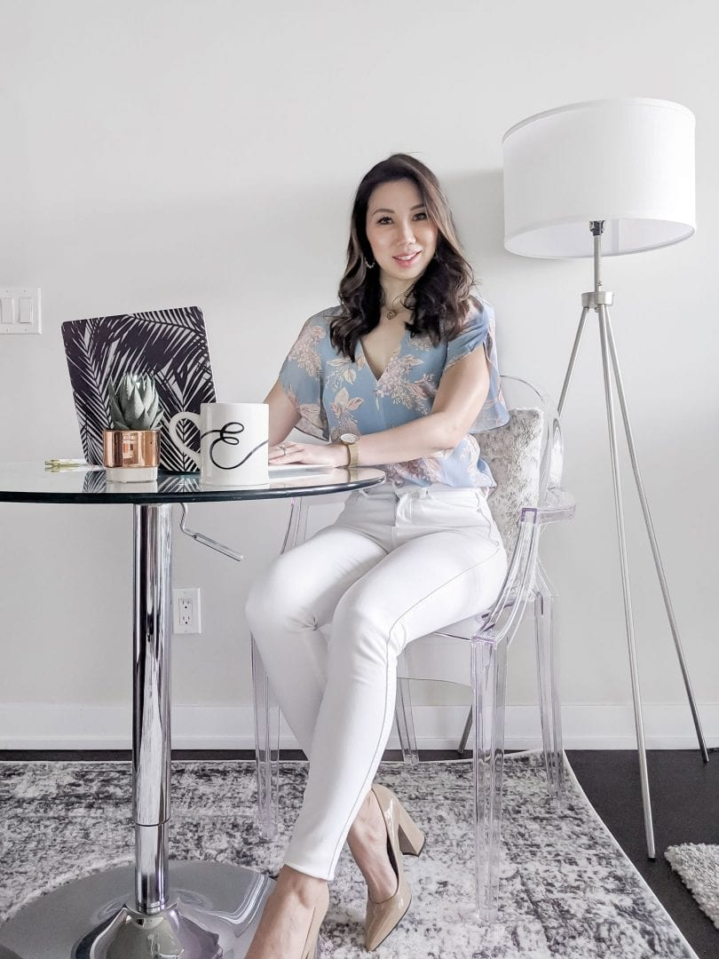 Summer workwear style: Eileen of YesMissy wears Evernew Official for a summer casual outfit for work