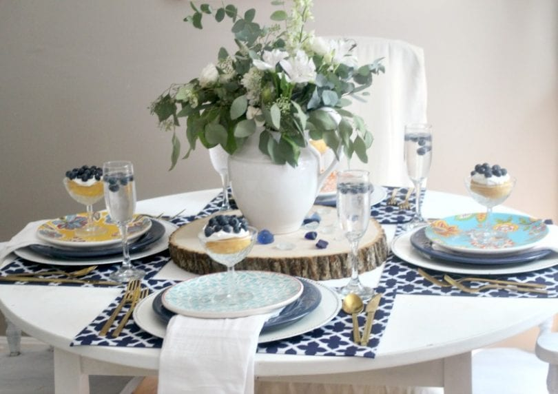 Create this summery white and blue tablescape for the perfect al fresco dinner!