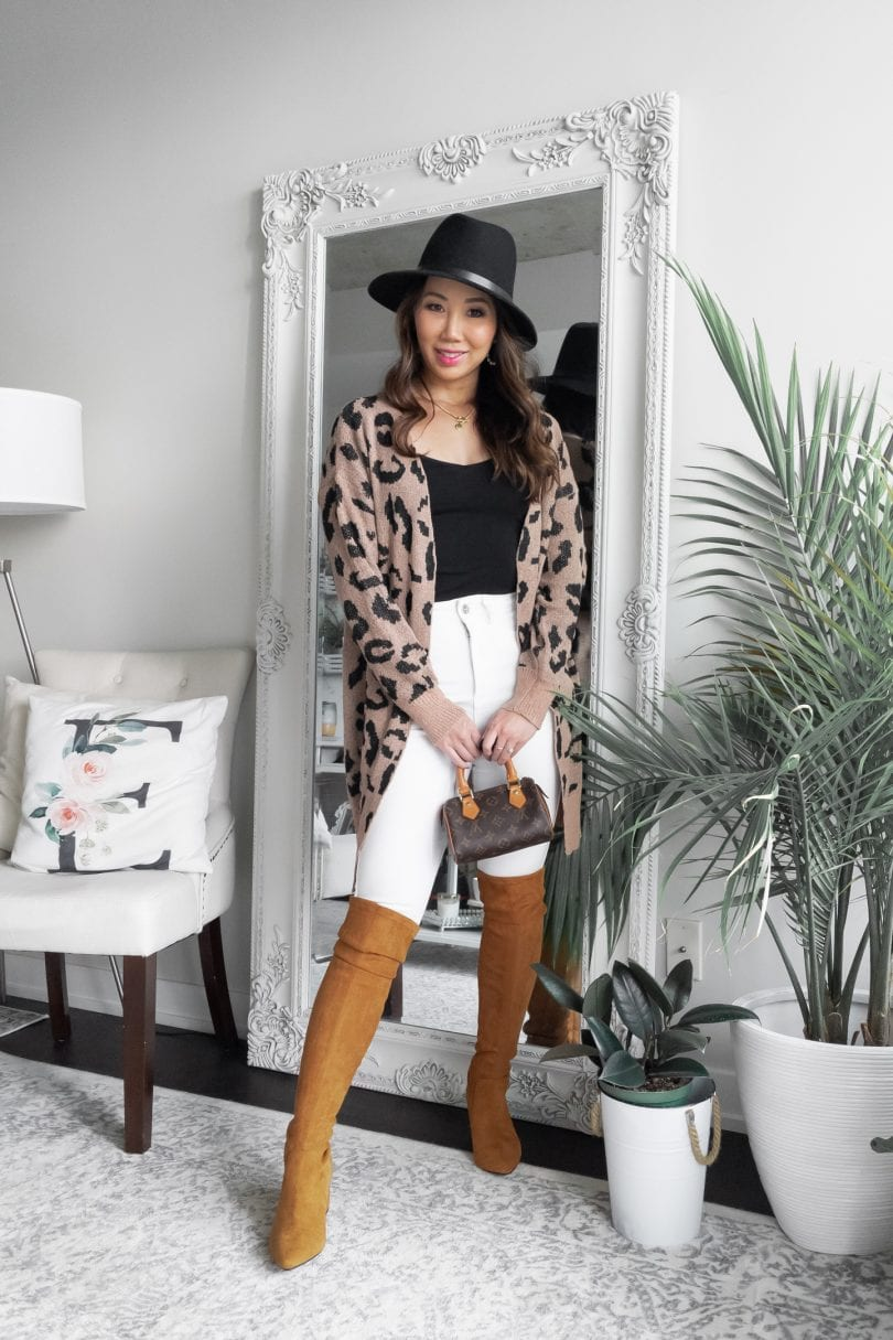 Casual Outfit Inspiration - fall look with white jeans. Who says you can't wear white after labor day.. more at yesmissy.com