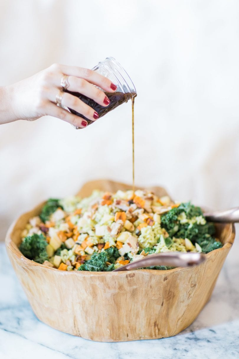 How to make the most amazing knockoff version of the harvest bowl salad at sweetgreen. This one is salad done right. Click through for the recipe.