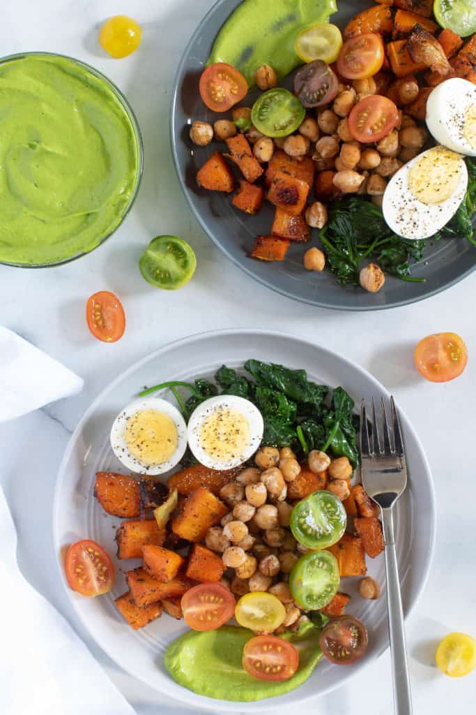 12 Easy Salad Recipes - Savory Chickpea Veggie Breakfast Salad