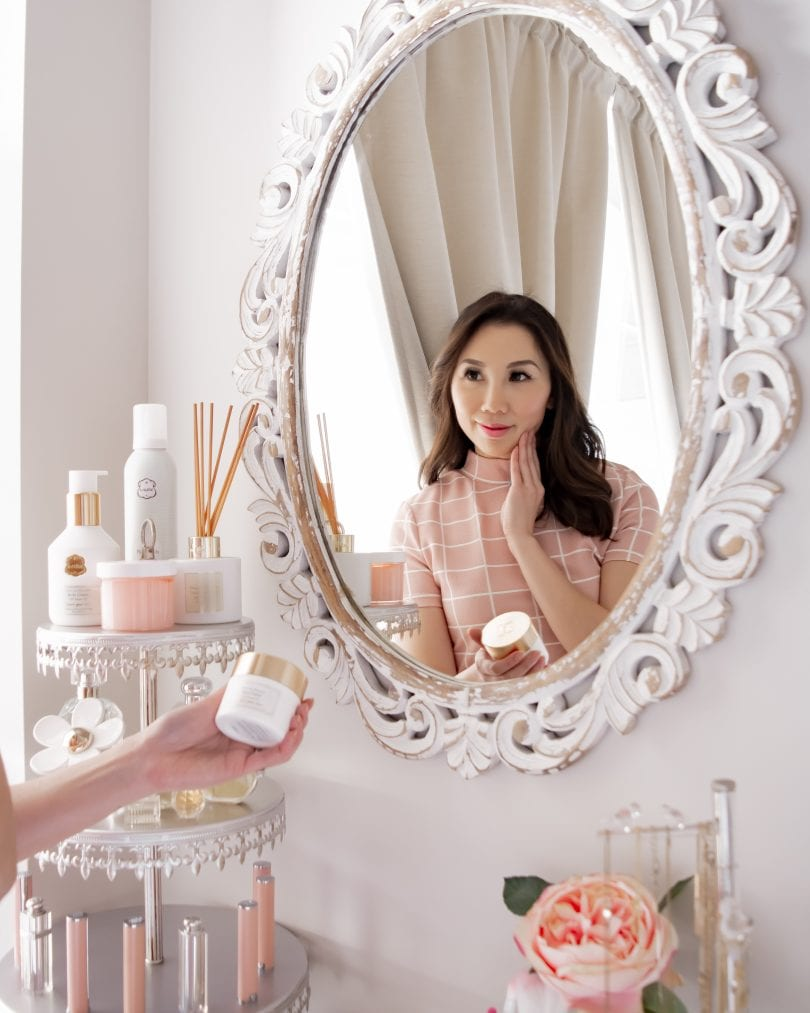 Skinimalism - a more simple approach to skincare. Learn how I cut down my skincare routine to just a few simple products.